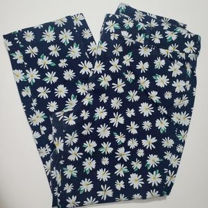 Daisy Printed Pixie Pants